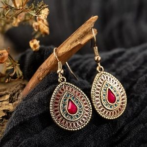 Intricate Design Teardrop Dangle Drop Earrings